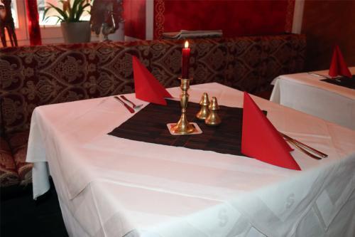 Shalimar-Restaurant-Tisch
